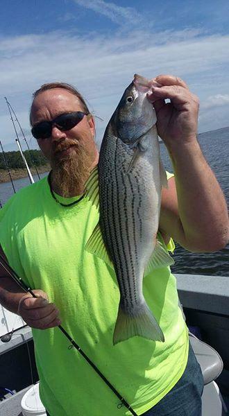 Big Fish Striper Fishing On Lake Texoma (16)